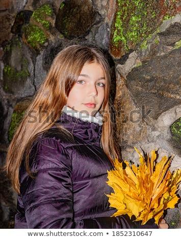 najaar · esdoorn · bladeren · meisje · handen · vrouw - stockfoto © paha_l