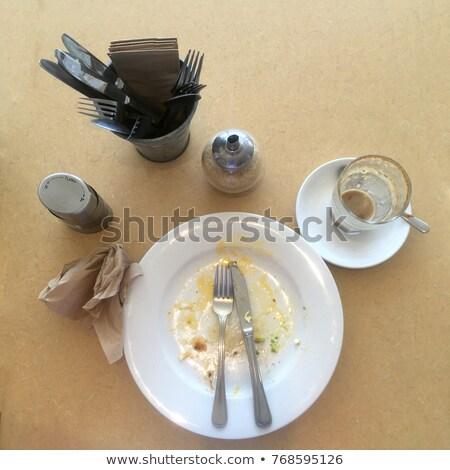 zonnebril · tabel · cafe · gelukkig · licht · cake - stockfoto © lovleah