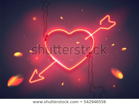 cuore · arrow · moda · promozione · ragazza - foto d'archivio © voysla
