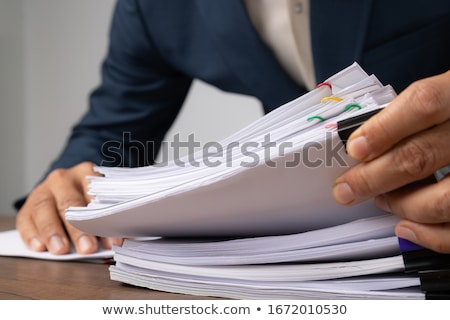 Stockfoto: Business · mappen · kabinet · vol · documenten · map
