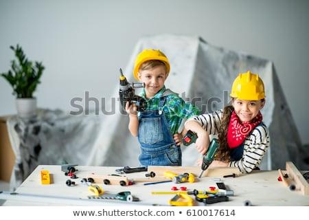 少年 · 演奏 · ドレッシング · アップ · 子 · 笑みを浮かべて - ストックフォト © photography33