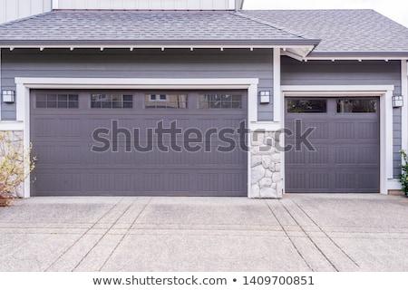 öreg · kék · ajtó · garázs · üres · utca - stock fotó © trgowanlock