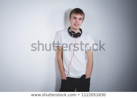 rapper · muur · jonge · man · graffiti - stockfoto © spectral