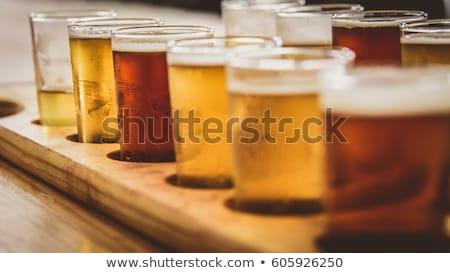 Amargo cerveja quartilho inglês vidro álcool Foto stock © claudiodivizia
