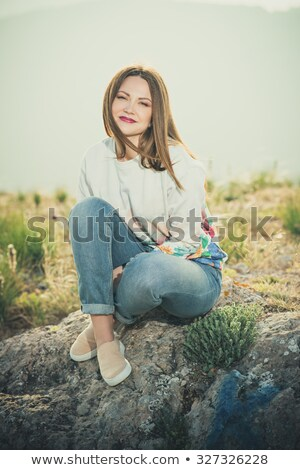 Charmant jeune femme coiffure mode yeux modèle Photo stock © majdansky