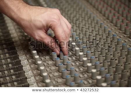edad · de · audio · sonido · mezclador · panel · de · control - foto stock © paha_l