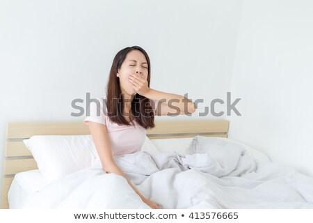 Menina cama preguiçoso casa criança Foto stock © wavebreak_media