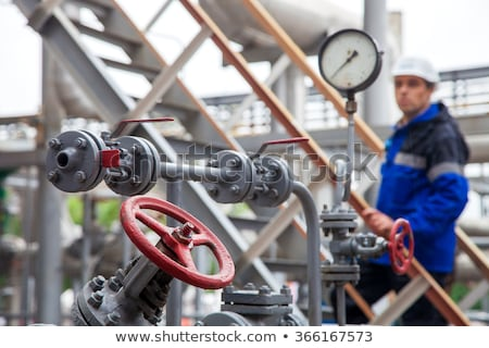 Olie productie lijn ventiel gas industrie Stockfoto © EvgenyBashta
