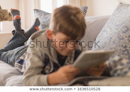 Közelkép fiatal srác elöl digitális tabletta nappali Stock fotó © wavebreak_media