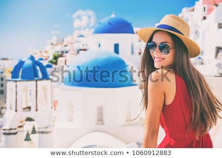 szczęśliwy · turystycznych · kobieta · santorini · wyspa · Grecja - zdjęcia stock © dotshock