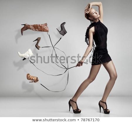 negro · zapato · dinero · blanco · piel · mujeres - foto stock © cosma