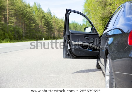 Puerta abierta coche vidrio puerta metal ventana Foto stock © bmonteny