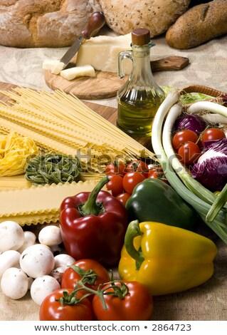 legumes · comida · prato · alface · carne - foto stock © ironstealth