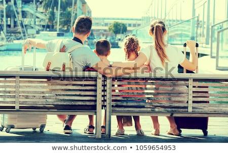 Crianças sessão passeio público praia criança viajar Foto stock © IS2