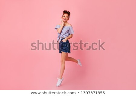 Moda modelo bastante gracioso menina Foto stock © gromovataya