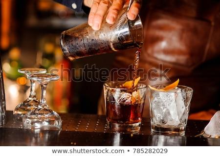 barman · cocktail · glas · bar · drinken - stockfoto © wavebreak_media
