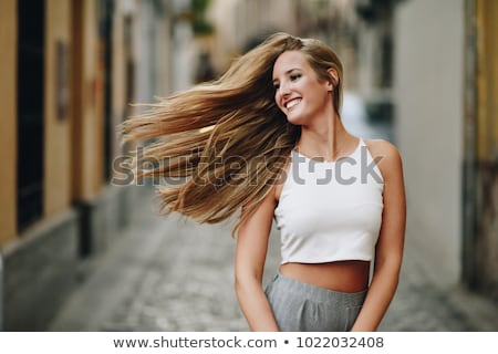 jovem · beleza · cabelos · lisos · retrato · moda - foto stock © tommyandone