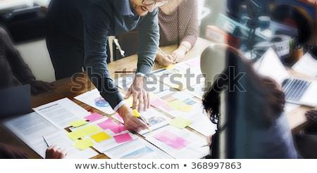 futuro · negocios · planes · líder · equipo · mujer - foto stock © cmcderm1