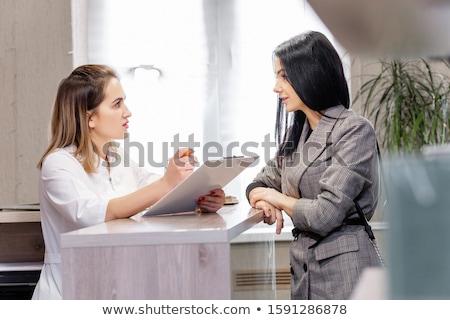 traitement · Homme · client · femmes · personne - photo stock © highwaystarz