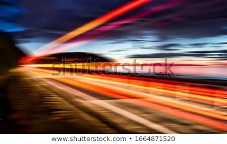 Capturar luz jóvenes morena mujer cámara Foto stock © lithian
