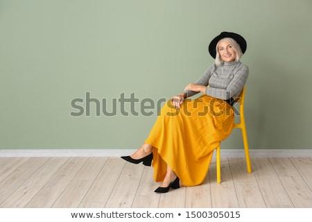 sarışın · kadın · bijuteri · geri · yan · güzel · gri - stok fotoğraf © feedough