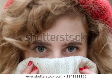 Mooie zuiverheid gezicht heldere Rood lip Stockfoto © serdechny