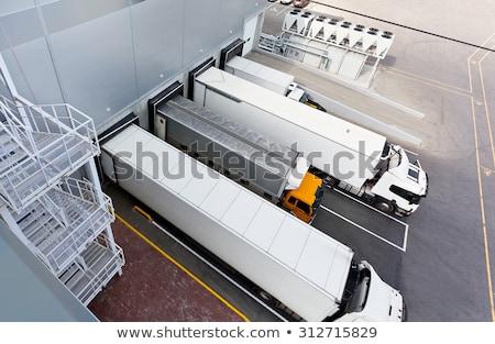 magazijn · poort · vrachtwagen · opslag · vervoer - stockfoto © emirkoo