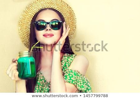 Verde ropa gafas fiesta establecer nina Foto stock © toyotoyo