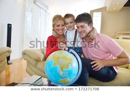 pianificazione · home · felice · Coppia · seduta · famiglia - foto d'archivio © lopolo