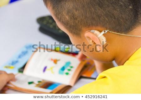 耳が聞こえない 子 身体障害 援助 医療 ストックフォト © AndreyPopov