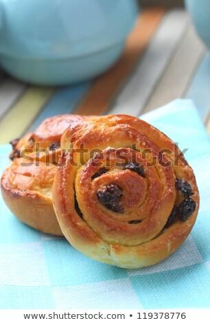 édes örvény mazsola reggeli friss sütemény Stock fotó © Melnyk
