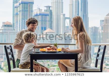 Apetitoso café da manhã tabela terraço topo ver Foto stock © dashapetrenko