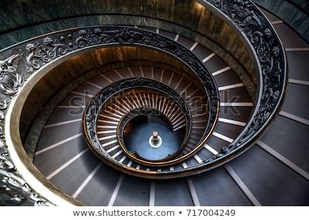 Escalier intérieur bois escaliers main courante maison Photo stock © Calek