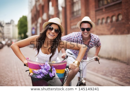 heureux · couple · vélo · parc · rouge · printemps - photo stock © fotografci