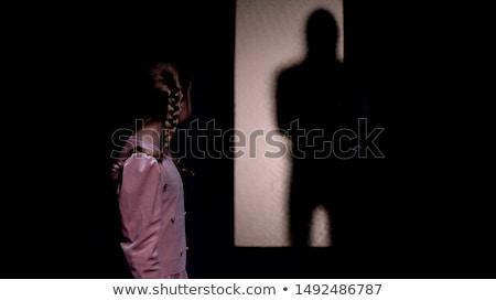 Horror donkere emotie jong meisje gezicht meisje Stockfoto © fotoduki