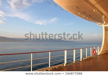 судно · бизнеса · небе · воды · морем · океана - Сток-фото © photocreo