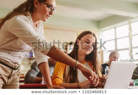 Stock foto: Lehrer · helfen · weiblichen · Studenten · Frau · Buch