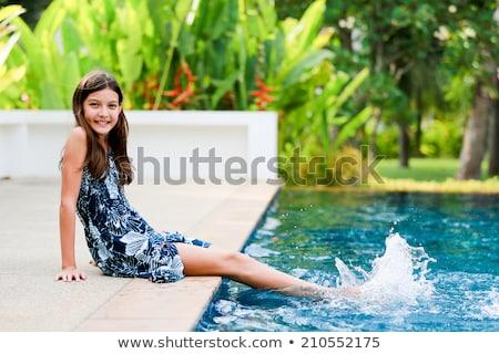 portret · prachtig · vrouw · ontspannen · zwembad · water - stockfoto © pawelsierakowski