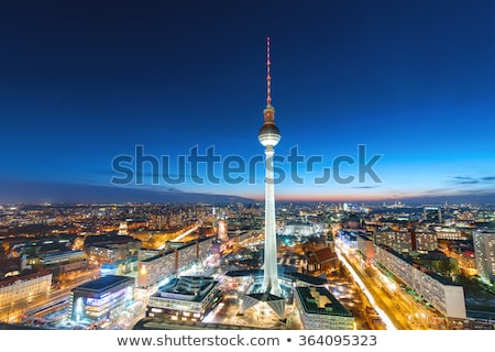centre · Berlin · nuit · tour · nuages · ville - photo stock © elxeneize