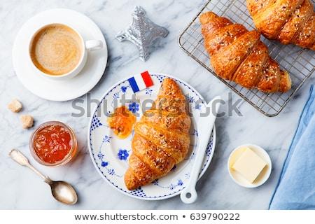 frescos · sabroso · croissant · edad · mesa · de · madera · grupo - foto stock © boggy