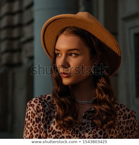 Mooie dame fedora hoed blonde vrouw Stockfoto © lovleah