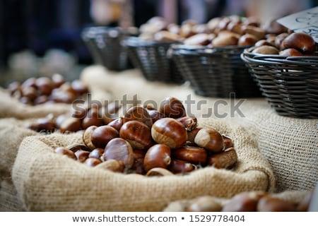 Caída frescos semillas dulce nueces abierto Foto stock © simas2