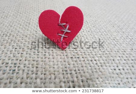 összetört · szív · fix · tapadó · bandázs · papír · szeretet - stock fotó © lightsource