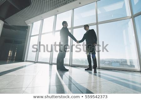 Zakenlieden handen schudden ander park zakenman Stockfoto © wavebreak_media