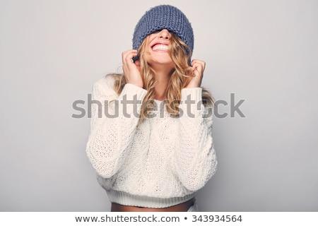 fiatal · nő · visel · pulóver · kalap · izolált · kék - stock fotó © deandrobot