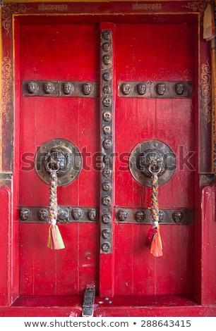 Ajtó buddhista kolostor templom India piros Stock fotó © haraldmuc