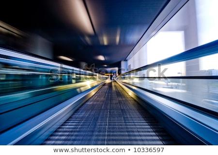 Résumé escalator mouvement floue homme aéroport Photo stock © kyolshin