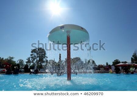 fonte · forma · cogumelo · piscina · construção · sol - foto stock © Paha_L