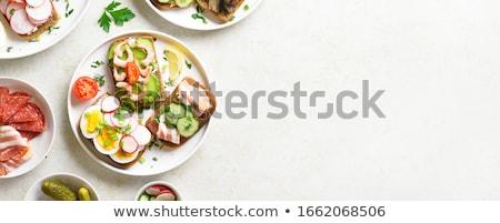 Nyitva sonka szendvicsek kettő fából készült vágódeszka Stock fotó © Digifoodstock
