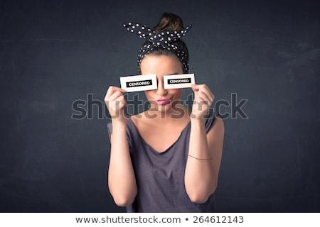 durva · lány · gyönyörű · agresszív · hozzáállás · sötét - stock fotó © ra2studio